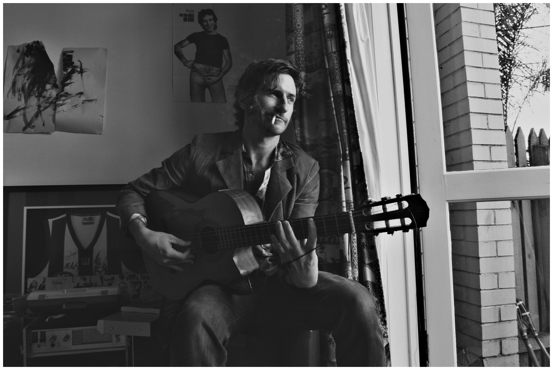 29/06/2005 NEWS: Tim Rogers at home in East St Kilda.